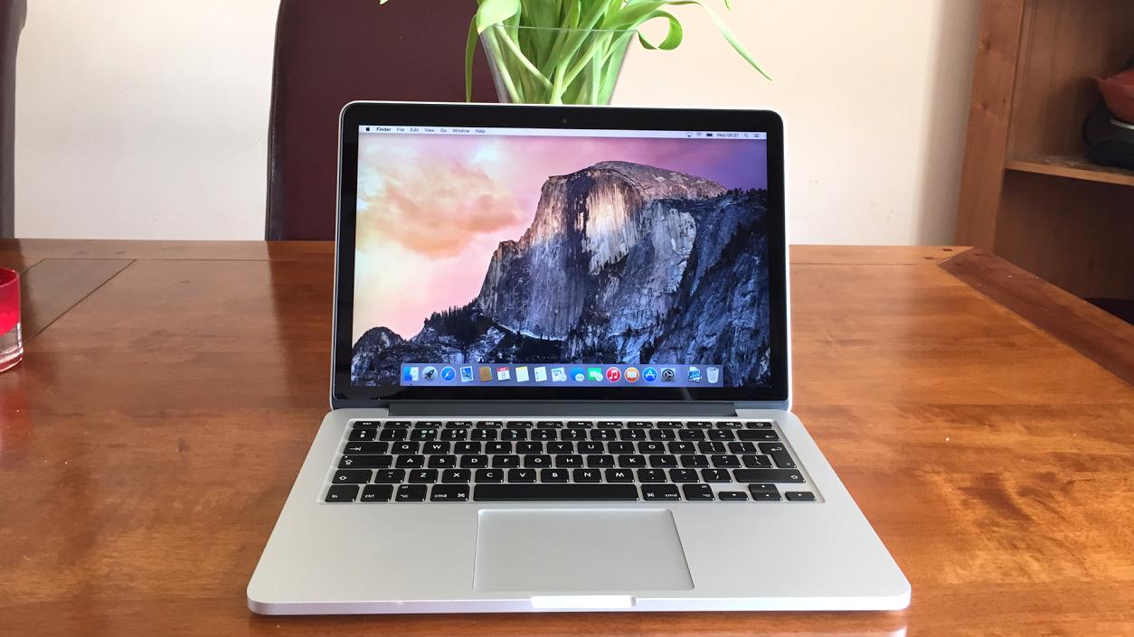 7 Laptop dengan Kapasitas Baterai Besar dan Tahan Lama